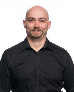 Tyler DeLong headshot, experienced certified rigging